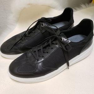 Joe's Jeans Black Athletic Shoes White Sol…